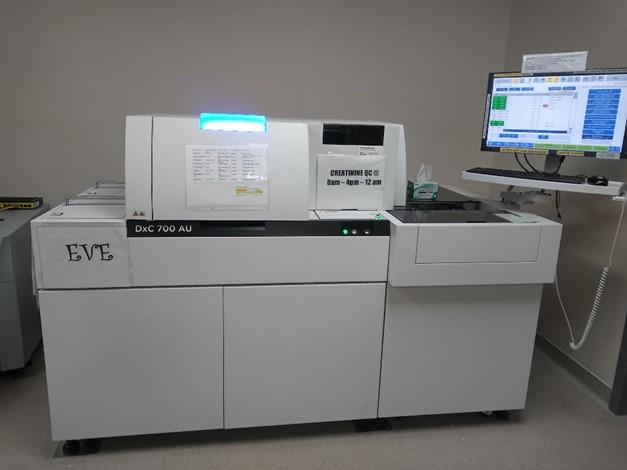state-of-the-art-lab-at-ehs-pic2